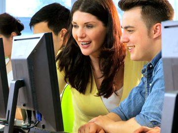 """Lectori practicieni – elaborarea jocurilor Unity la """"STEP IT Academy Moldova"""""""
