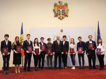 Cei mai buni elevi ai anului 2019 au fost premiați în cadrul Galei Olimpicilor
