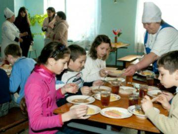 ANSA continuă să depisteze în școli și grădinițe produse cu termen de valabilitate expirat