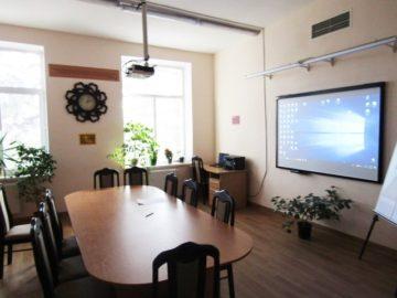 """Ministerul Educației, Culturii și Cercetării susține inițiativa instituțiilor de învățământ general renovate în cadrul Proiectului """"Reforma Învățământului în Moldova"""" de a organiza procesul de studii la distanță"""