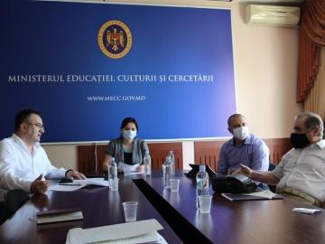 """Ministerul Educației, Culturii și Cercetării a inițiat elaborarea """"Cadrului de referință al învățământului extrașcolar"""""""