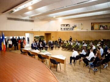 Proiectul claselor bilingve francofone în instituțiile de învățământ secundar general din țara noastră va fi stimulat